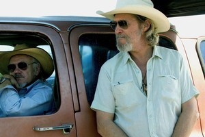 People think they are seeing double when they view Loyd Catlett, left, and Jeff Bridges together. Photo / Supplied