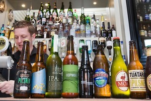 Kiwi beer consumers are rapidly getting a taste for a better-quality drop, says the Brewers Guild of New Zealand. Photo / NZ Herald