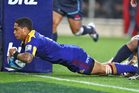 Aaron Smith dives over to score for the Highlanders. Photo / Getty Images