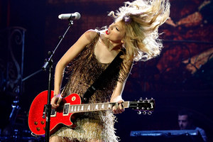 Taylor Swift wowed her fans at Vector Arena. Photo / Natalie Slade