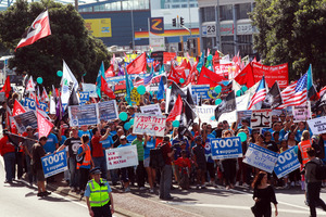 A protest regarding Ports of Auckland industrial action. Photo / Doug Sherring