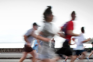 Thousands of Aucklanders take part in the annual Ports of Auckland Round the Bays fun run along Tamaki Drive to Mission Bay. Photo / Natalie Slade
