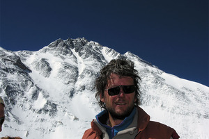 Australian climber Lincoln Hall survived a rescue on Mt Everest in 2006. He died today at 56. Photo / Supplied
