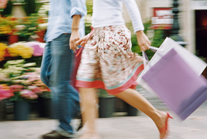 Household spending growth is expected to remain steady around 2.5 per cent and not accelerate. Photo / Thinkstock