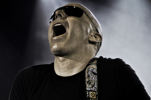 Joe Satriani 'is truly deserving of fan worship tonight' says Scott Kara. Photo / Supplied.