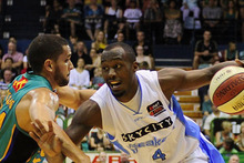 Cedric Jackson of the Breakers in action against the Townsville Crocodiles. Photo / Getty Images 
