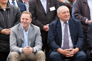 Mayor of Thames Coromandel Glen Leach (right) and Prime minister John Key. Photo / Chris Loufte