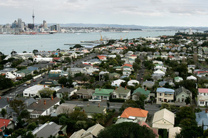 The average house value in Auckland is now $529,508 - 2.2 per cent above the 2007 peak. Photo / Chris Skelton