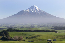 Mount Taranaki. File photo / Mark Mitchell