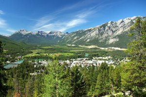 Hike through the mountains of Banff, Alberta, a Unesco World Heritage Area. Photo / Wikimedia