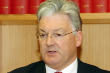 Associate Health Minister Peter Dunne