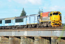 A revamped tourism-focused service will cut the number of weekly trips between Auckland and Wellington from 14 to six, KiwiRail announced today. Photo / NZPA
