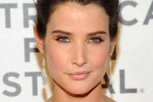 Actress Cobie Smulders has set a wedding date in September, more than three years after becoming engaged to partner Taran Killam. Photo / AP