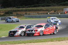 The V8 SuperTourer cars have been experiencing cooling issues when under close race conditions. Ph