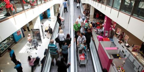 Shoppers at Westfield's St Lukes mall in Auckland during the latest Boxing Day sale. Photo / Richard Robinson