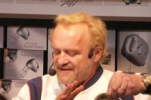 Celebrity chef Antony Worrall Thompson has apologised for shoplifting. Photo / Wikipedia