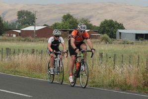 Forestland Wheelers club champion David Joyce (right). Photo / APN