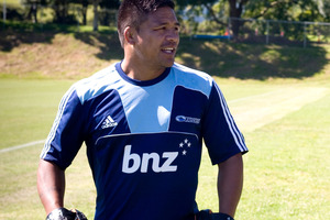 The fitness of Keven Mealamu is the latest concern for the All Blacks coach Steve Hansen. Photo / Getty Images.