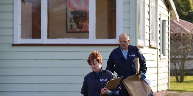 Police inspect the Waimate home of Jason Frandi. Photo / Simon Baker