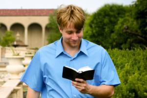 Read-walking can be a dangerous habit. Photo / Thinkstock