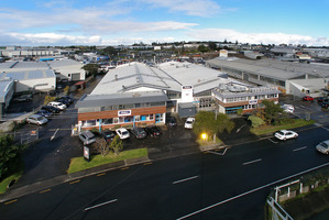 The Dulux complex is well placed in the Wairau Valley precinct.