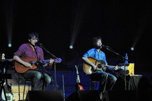 Flight of the Conchords Jemaine Clement and Bret McKenzie perform at the Town Hall, Auckland. Photo / Herald on Sunday.