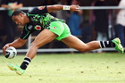 Glen Fisiiahi scoring for the Warriors. Photo / Getty Images.