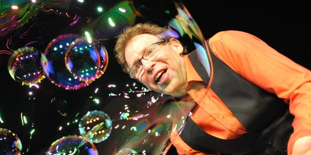 Louis Pearl - The Amazing Bubble Man. Photo / Supplied