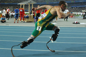 Oscar Pistorius has been included in the South African 4 x 400- metre relay team for the 2012 London Games. Photo / Getty Images.