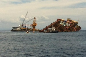 Salvors are finding new ways to remove cargo from the increasingly hard-to-access wreck of the Rena. Photo / Kiri Gillespie
