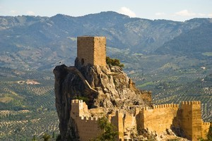 The dramatic bearded vulture has been reintroduced to the mountainous Andalucian city of Cazorla. Photo / Thinkstock