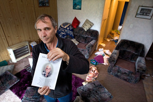 Barry Porteous in his mothers home which was burgled just days after she passed away. Photo / Ben Fraser