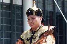 Throat singing brings back memories of Mongolia. Ph