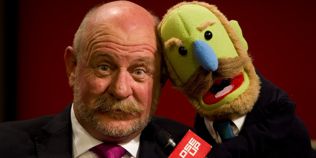 TVNZ Close Up presenter Mark Sainsbury with his lookalike Mark Muppet. Photo / Richard Robinson