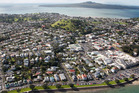 Auckland Mayor Len Brown says the economic downturn has more to do with the slump in house building than council controls on urban sprawl. Photo / Brett Phibbs