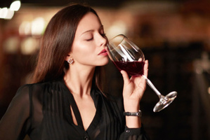 The thought of drinking alcohol makes people feel more attractive, researchers say. Photo / Thinkstock