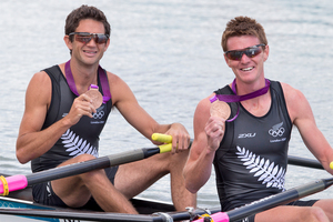 Storm Uru and Peter Taylor are happy with their bronze medals despite being part of a controversial final contest. Source / Brett Phibbs NZ Herald