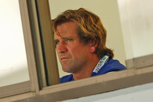 Bulldogs coach Des Hasler has lashed out at the referees of his side's win over the Newcastle Knights. Source / Getty Images