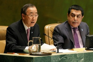 UN Secretary general Ban Ki-Moon, left, speaks during a meeting of the UN General Assembly. He's urging for a flexible UN presence in Syria. Photo / AP