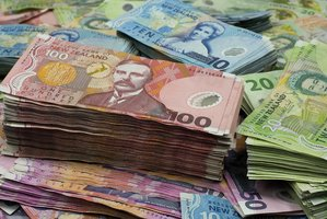 A US$510 million currency fund has about 26 per cent of its assets in the Australasian currencies, up from about zero a year ago. Photo / APN