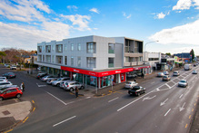The Manukau Rd building is within both Grammar zones.