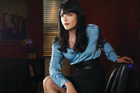 Selma Blair in the Charlie Sheen sitcom Anger Management.