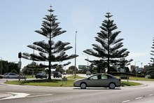 About 35,000 vehicles a day travel through the Bayfair roundabout. Photo / Mark McKeown