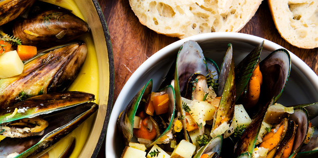 Creamy mussels with wine, chilli and thyme. Photo / Babiche Martens