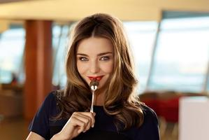 Qantas says Miranda Kerr is a nice fit for its campaign. Photo / Supplied
