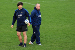 Graham Henry and coach Santiago Phelan look on during an Argentina training session at Hutt Recreation Ground in Lower Hutt. Photo / Getty Images