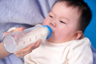 A mother was denied a meal because she was bottle-feeding her baby. Photo / Thinkstock