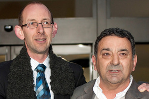 It is difficult to put a figure on compensation for David Bain (left), says supporter Joe Karam (right).  Photo / APN