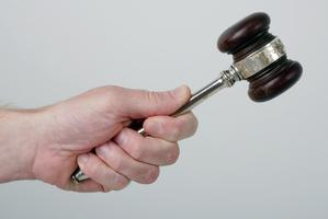 Unlike bloggers and tweeters, judges can't just let fly with a string of expletives. Photo / Thinkstock