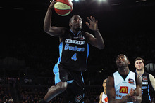The Breakers might be two-time defending ANBL champions but it counted for little in Hamilton tonight when they were beaten 90-84 by Wollongong. Photo / Getty Images.